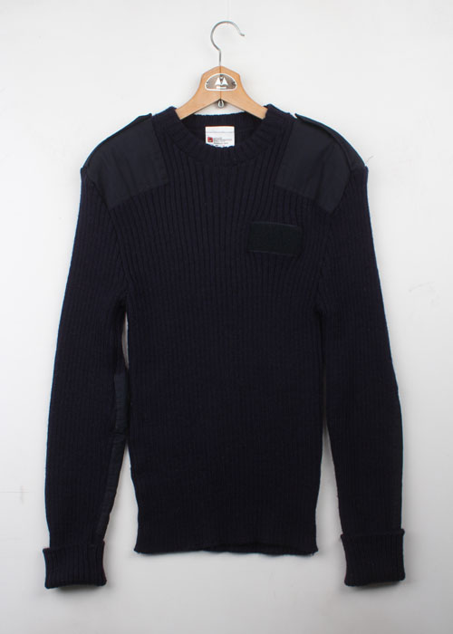 The Woolly Pully coammando wool sweater