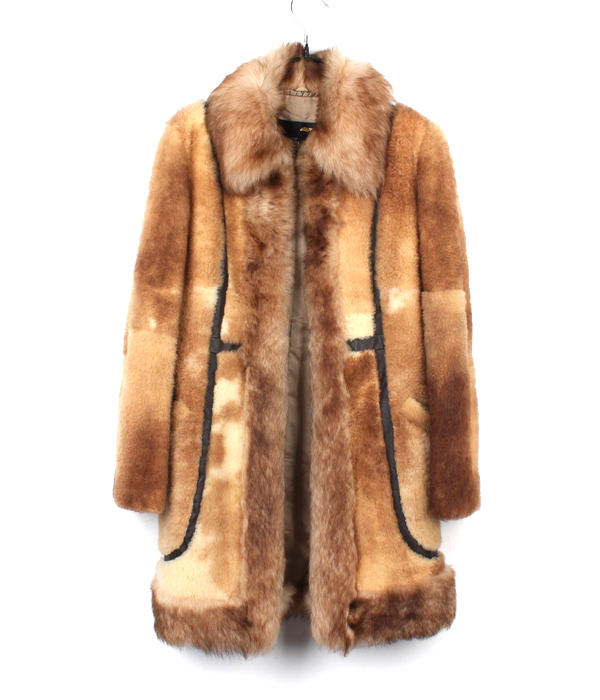 BLACK DIA sheep skin fur coat
