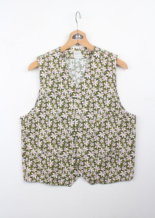 NEPENTHES floral vest
