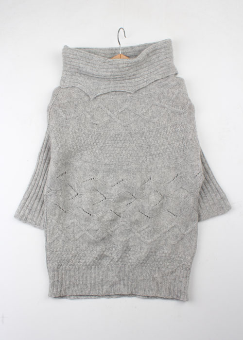 UNTITLED knit
