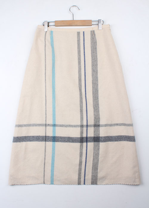 AREA FREE wool skirt