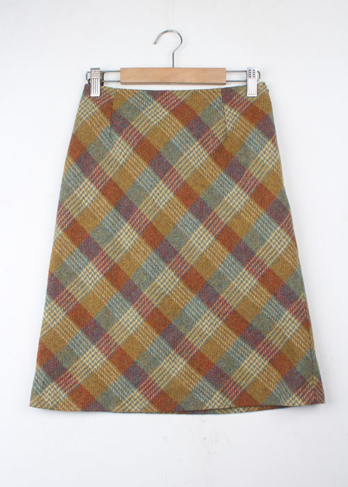 LAURA ASHLEY tweed wool skirt