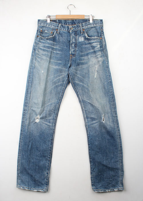 Levi's 501 denim pants(32)