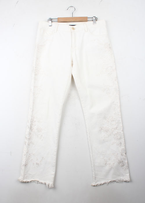 RALPH LAUREN embroid white jeans