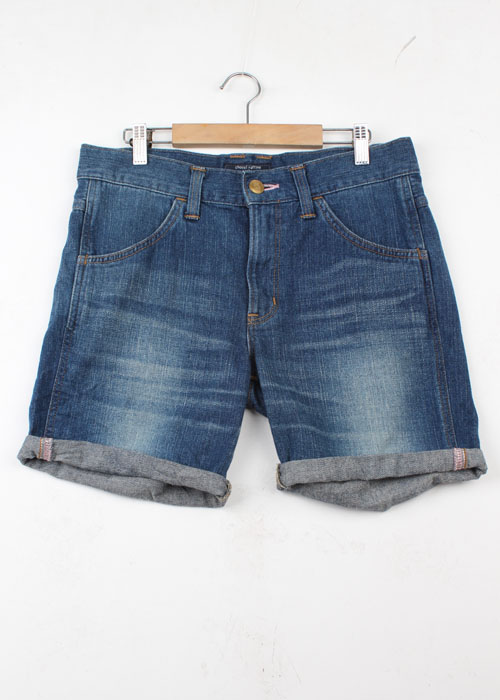 chocol raffine x Wrangler denim shorts