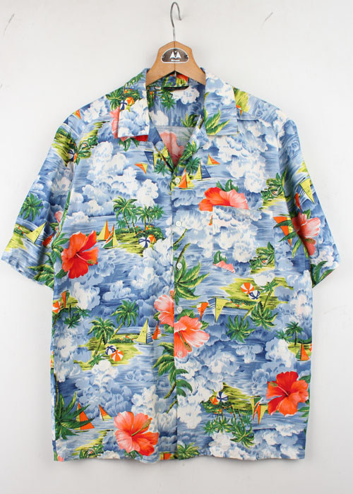many look hawaiian shirts