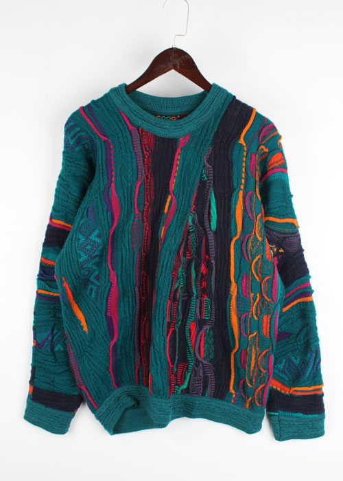 COOGI wool sweater