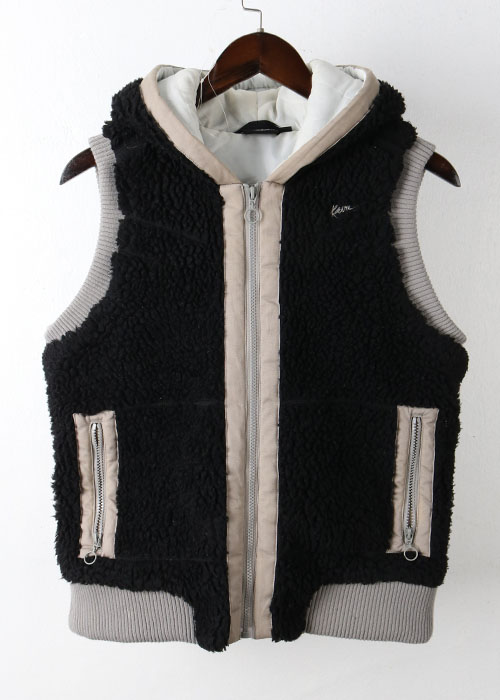 KAVU fleece vest