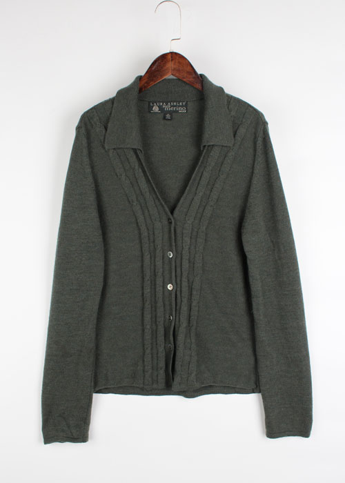 LAURA ASHLEY merino wool knit cardigan