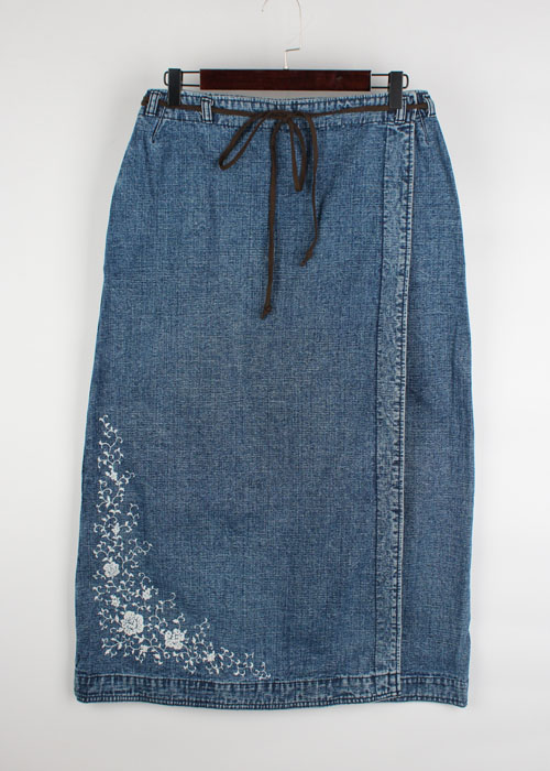 Sunny Clouds denim skirt