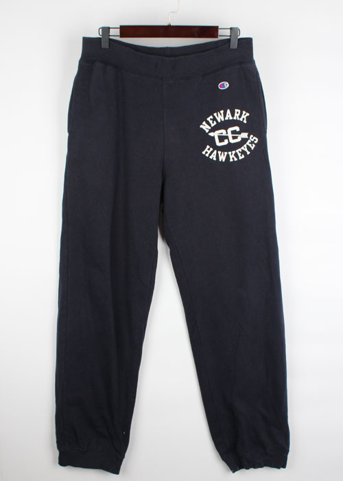 Champion sweat pants(32)