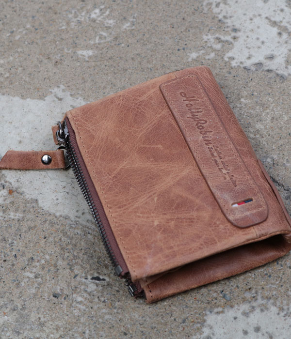 Holly Robin leather wallet
