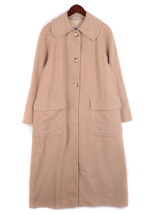 ACCENTO over wool coat