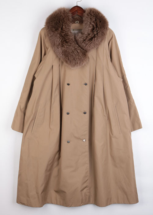 Malvoisie fox fur trim coat
