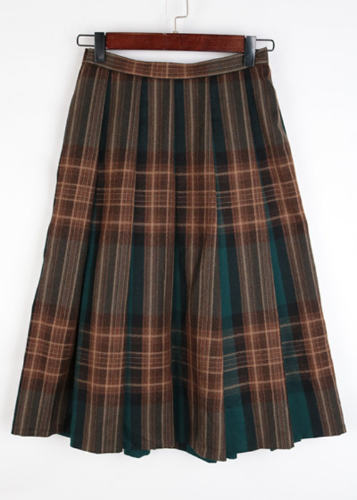 DANA PARIS wool skirt